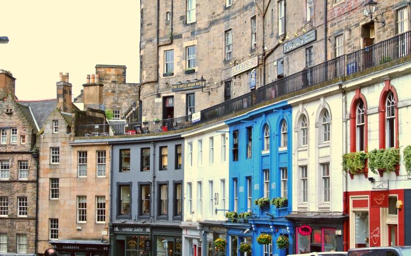 Victoria Street-The Grande Dame of Edinburgh's OldTown
