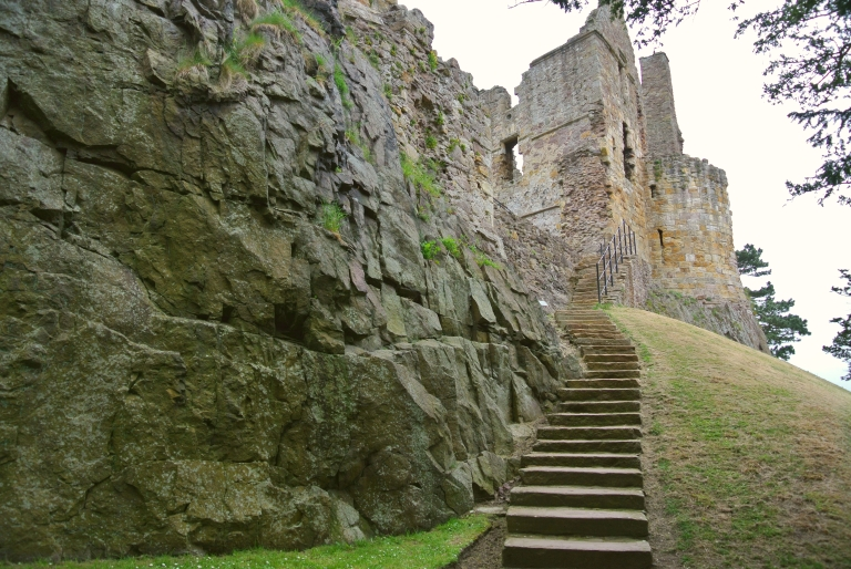 Outside stairway at Dirleton Castle.
