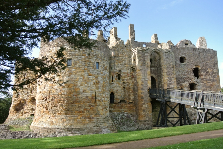 Front of Dirleton Castle.