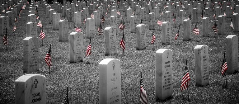 memorial-2756194_1920